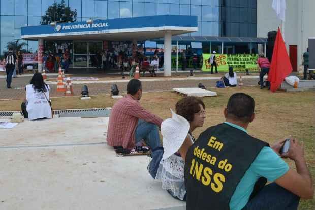 Servidores do INSS já estão em greve há 70 dias (Elza Fiúza/Agência Brasil)