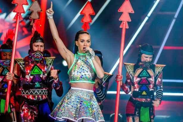 Katy Perry em apresentação da turnê The Prismatic World Tour em Amsterdam. Foto: Ferdy Daman/AFP