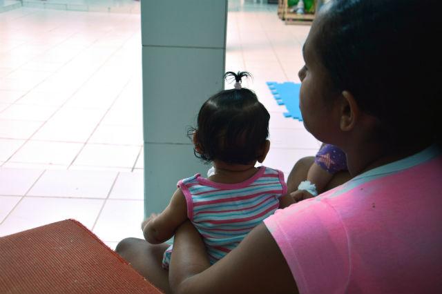 Mulheres reeducandas só podem ficar com os filhos por seis meses dentro do presídio. Manter a preconização da Organização Mundial de Saúde (OMS) de aleitamento exclusivo por seis meses é desafio. (Credito: SERES/Divulgacao)