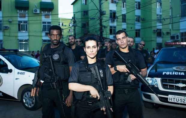 Cleo Pires é policial novata em Operações Especiais. Foto: Divulgação