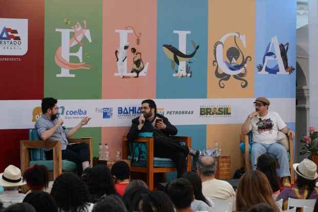 O bate-papo envolveu João Paulo Cuenca, Cristiano Ramos e  Lima Trindade, nesta quinta-feira, na Flica, na Bahia. Foto: Fellipe Torres/DP/D.A.Press