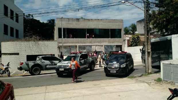 A polícia bloqueou o local para ação. (Foto: WhatsApp/Cortesia/Thiago Uchôa)