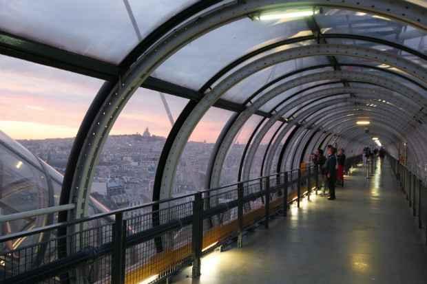 Centro Pompidou foi filmado em 3D pelo cineasta brasileiro Karin Aïnouz na série Catedrais da Cultura
