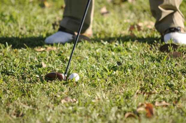 Caxangá Golf Club é o segundo campo do Nordeste e possui Green Fee (R$ 150/semana e R$ 200/fins de semana). Foto: Juliana Leitão/DP/DA Press