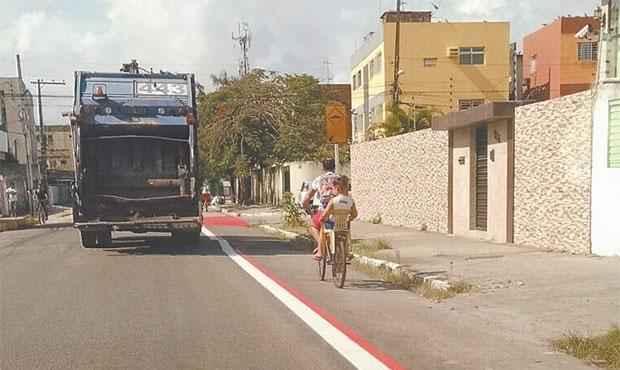 Ciclofaixa do Engenho do Meio será interligada a outras rotas. Projeto foi elaborado segundo plano cicloviário. Foto: Denis Meneses/ Divulgação
