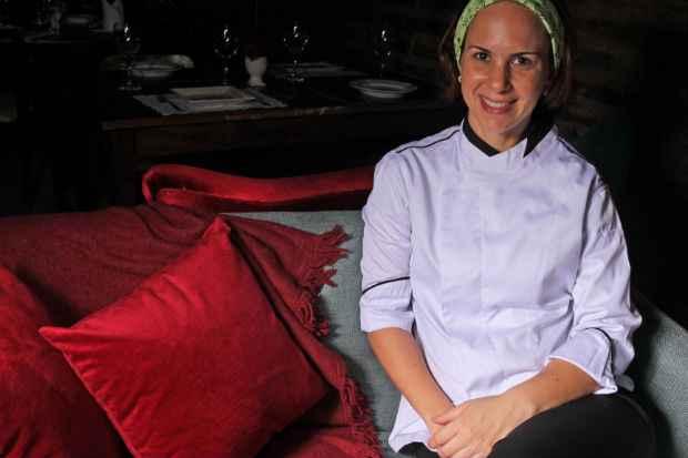 Chef Luciana Sultanum foi eleita destaque do ano pela revista Engenho. Foto: Roberto Ramos/DP/D.A Press