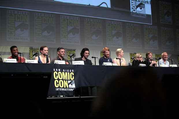 Elenco de Star Wars: The Force Awakens durante a Comic Con International 2015, em San Diego, Califórnia (EUA). (Foto: Domínio público)