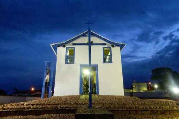 Em Chapada do Norte, Igreja Nossa Senhora do Rosário dos Pretos é retrato da singeleza da população local (foto: Elizabeth Colares/EM/D.A Press)