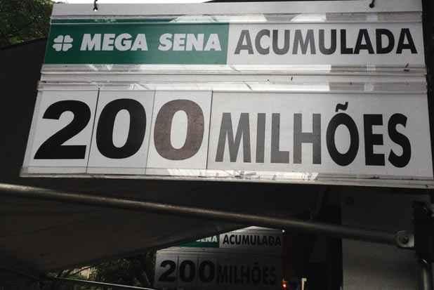 Todas as casas lotéricas do país receberão apostas para o concurso 1.764 até as 18h. Foto: Luiz Fernando Motta/EM/D.A.Press