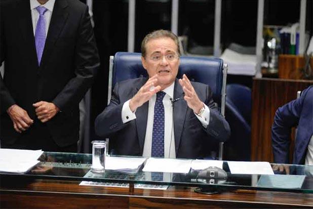 Renan Calheiros sofre pressão de peemedebistas para que os parlamentares sejam convocados durante o período de recesso. Foto: Marcos Oliveira/Agência Senado