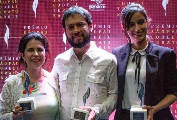 Micheliny Verunschk e Débora Ferraz faturaram prêmios como estreantes. Potiguar , Estevão Azevedo foi eleito o melhor livro do ano. Foto: Marcelo Nakano / Divulgação