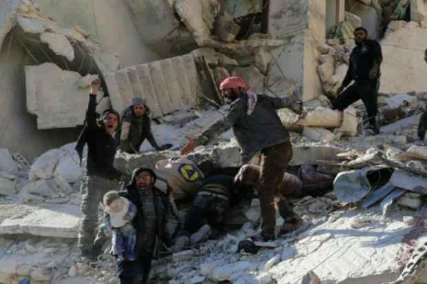 Prédio destruído em um ataque aéreo do governo, na cidade síria de Aleppo. Foto: AFP/BARAA AL-HALABI.