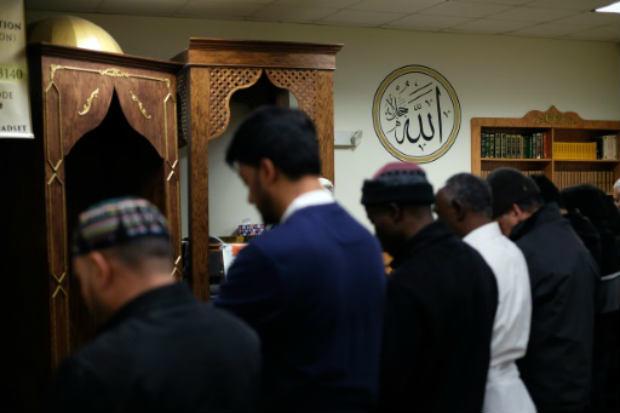 Embora os dados careçam de precisão, a comunidade muçulmana é composta em sua grande maioria por imigrantes, muitos dos quais chegaram da Ásia e Oriente Médio. Foto: AFP JEWEL SAMAD