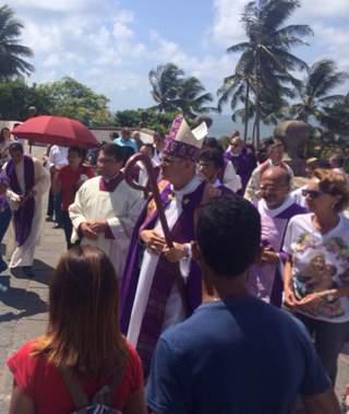 Dom Saburido conduziu a solenidade. Foto: Wagner Oliveira/DP/DA Press
