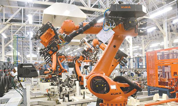 Indústria foi o setor mais atingido pela redução do emprego com carteira assinada nos últimos doze meses. Foto: Polo Jeep/Divulgação