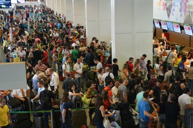 Os cancelamentos estão concentrados, principalmente, no aeroporto de Viracopos, em Campinas, onde 34 das 75 decolagens previstas foram suspensas. Foto: Antônio Cruz/Fotos Públicas.