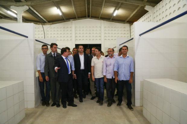 Governador participou de inauguração em Santa Cruz do Capibaribe. (Foto: Divulgação)