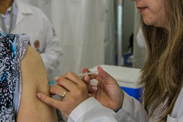 Nas fases anteriores do estudo, a vacina do Butantã mostrou mais de 90% de eficácia. Foto: Maurilio Cheli/SMCS