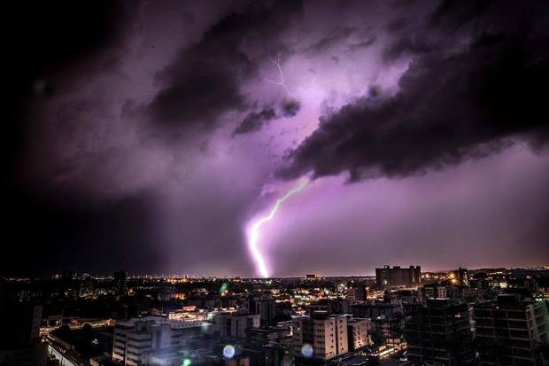 Fenômeno causou fortes chuvas, rajadas de ventos e até chuva de granizo. Foto: Peu Ricardo/DP