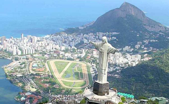Rio de Janeiro é conhecido por ser palco de grandes escolas de samba e de blocos tradicionais de rua. Foto: Ricardo Trida/DGABC/Divulgação