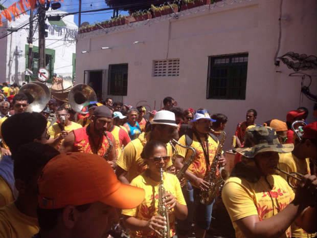 Bloco percorreu as ladeiras de Olinda ao som do frevo. Foto: André Clemente/DA