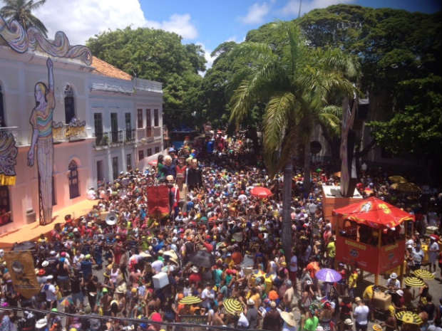 Cerca de 80 bonecos desfilam no Carnaval de Olinda. Foto: André Clemente/DP