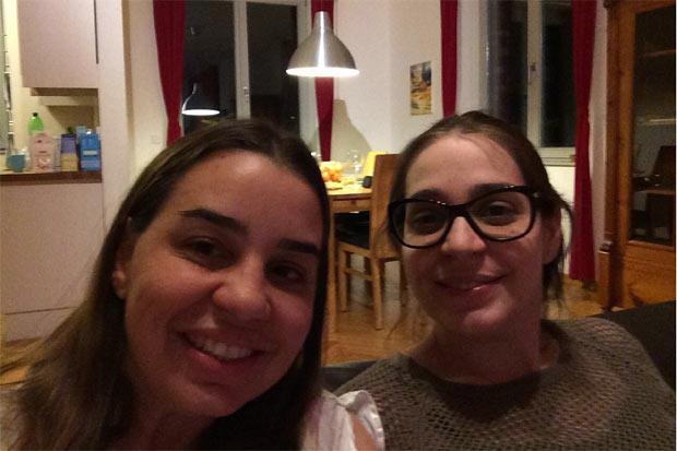 As irmãs Ana Carolina Sihler da Câmara Lima, jornalista e advogada, 39 anos, e Ana Cecília Sihler da Câmara Lima, administradora, 35 anos, foram para a Alemanha. Ana Cecília está grávida e teve medo do zika. Foto: Arquivo Pessoal/Divulgação