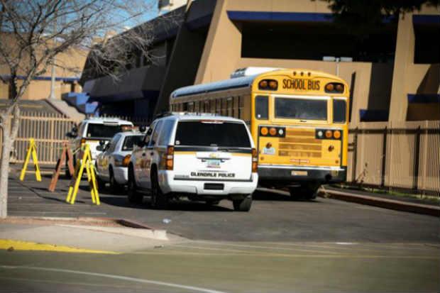 A escola foi fechada e a área ao redor foi interditada para investigação. Foto: Reprodução/Twitter