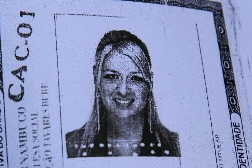 Vítima tinha 35 anos e foi morta na frente do filho dentro do apartamento. Foto: Reprodução
