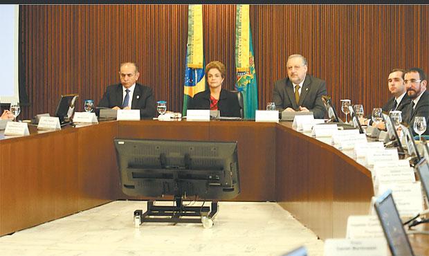 Presidente reuniu-se ontem com lideranças evangélicas para pedir apoio na luta contra a proliferação do mosquito. Foto: Lula Marques/ Agência PT