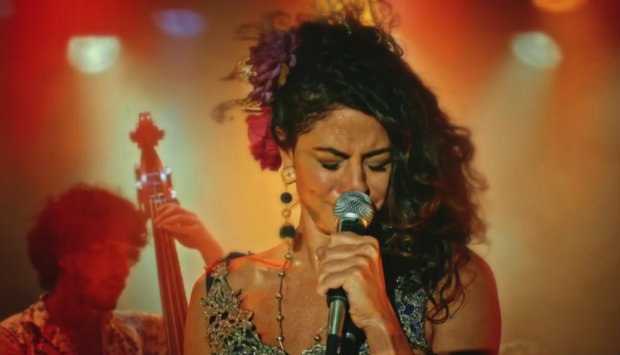 Carol Castro interpreta Iolanda. Foto: TV Globo/Reprodução (Foto: TV Globo/Reprodução)