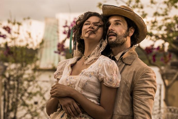 Marina Nery e Rodrigo Santoro interpretam Leonor e Afrânio. Foto: TV Globo/Divulgação (Foto: TV Globo/Divulgação)
