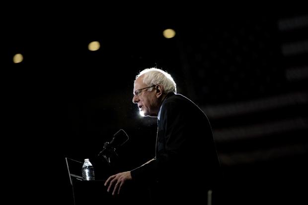 Bernie Sanders ganha novo fôlego com bons resultados do fim de semana. Foto: Brendan Smialowski/AFP/Divulgação