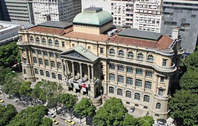A Biblioteca Nacional do Rio de Janeiro tem mais de nove milhões de títulos em seu acervo. Foto: Wikipedia/Reprodução