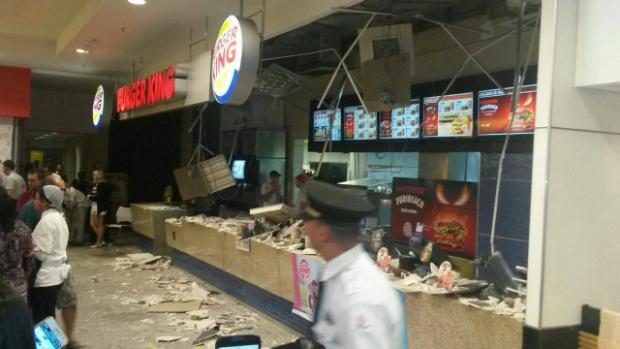 Clientes e funcionários ficaram feridos. Foto: Lyne Coliver/Facebook/Cortesia