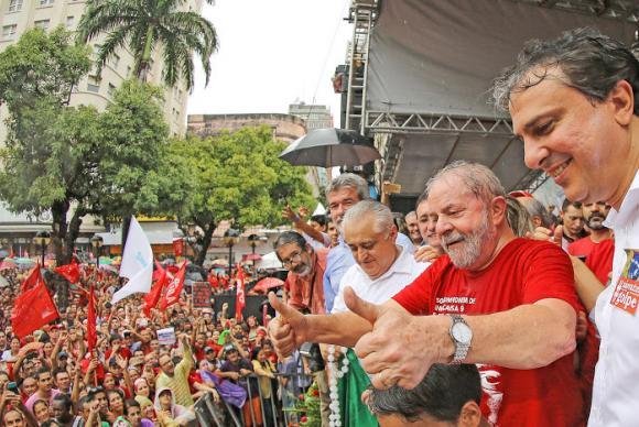 Lula participou de manifestação em Fortaleza. Foto: Ricardo Stuker/Instituto Lula