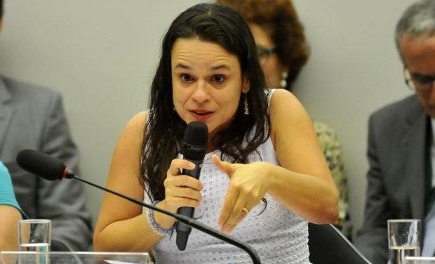 Janaína Paschoal defende que Dilma cometeu crimes de responsabilidade. Foto: Minervino Junior/CB (Foto: Minervino Junior/CB)