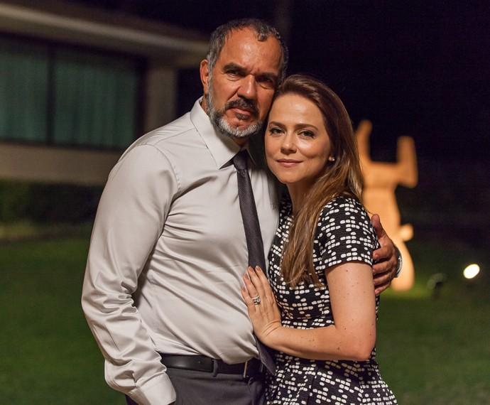 Germano e Lili são interpretados por Humberto Martins e Viviane Pasmanter. Foto: TV Globo/Divulgação (Foto: TV Globo/Divulgação)