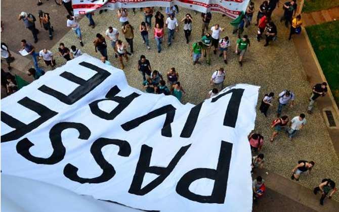 Movimento Passe Livre protesta em SP contra aumento de tarifas do transporte. Foto: Rovena Rosa/Agência Brasil