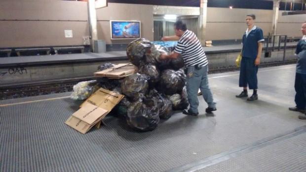 Por ano, são gastos R$ 8 milhões só com a limpeza de estações. Foto: CBTU/Divulgação