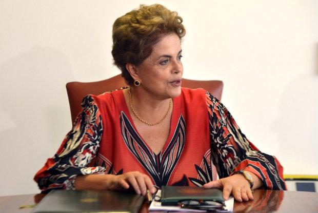 Dilma disse que vai lutar até o fim pela manutenção do mandato em todas as instâncias possíveis. Foto: Antônio Cruz/ Agência Brasil.