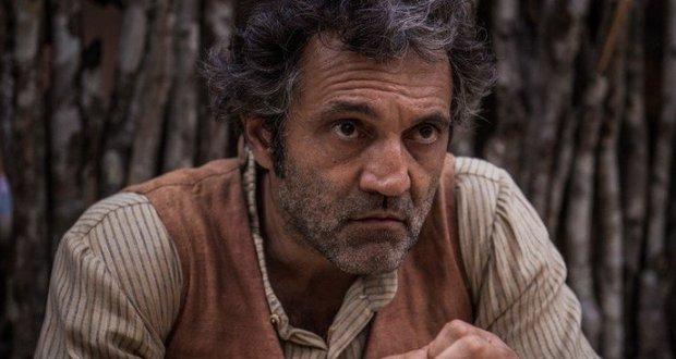 Domingos Montagner interpreta Santo. Foto: TV Globo/Divulgação (Foto: TV Globo/Divulgação)