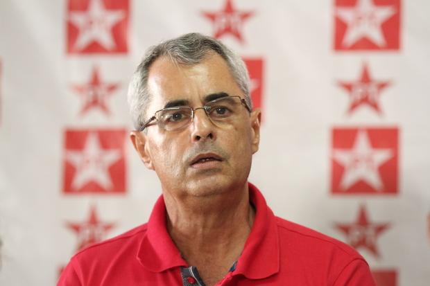 Peu Ricardo/Esp. DP Petista ressalta que ex-aliados desrespeitaram votos que presidente teve em Pernambuco em 2014 (Peu Ricardo/Esp. DP)