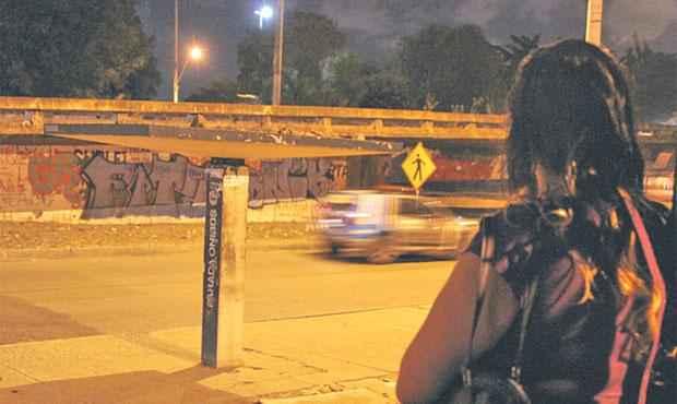 Paradas de ônibus no entorno do campus são locais mais vulneráveis. Foto: Nando Chiappetta/ DP