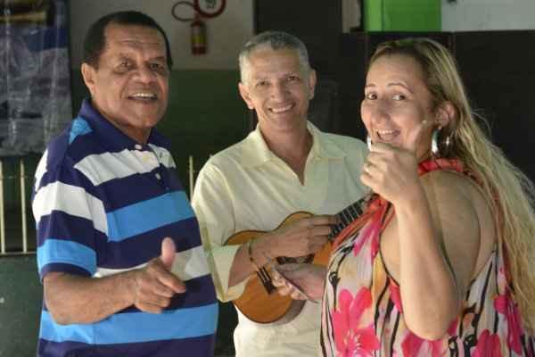 Belo Xis, Wellington do Pandeiro e Luiza Portela estão entre os artistas convidados para a roda de samba, neste sábado, no Mercado da Boa Vista.  Foto: Arquivo DP