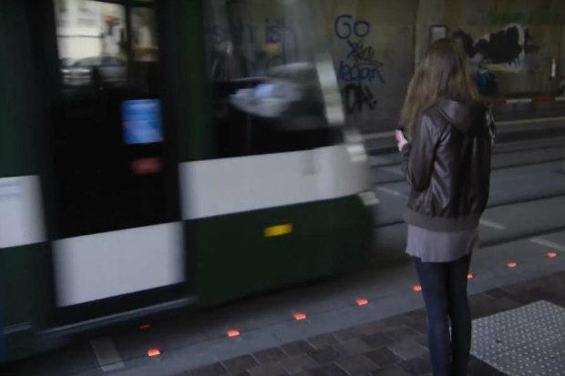 O novo formato divide a opinião dos pedestres. Foto: YouTube/Augsburger Allgemeine2.
