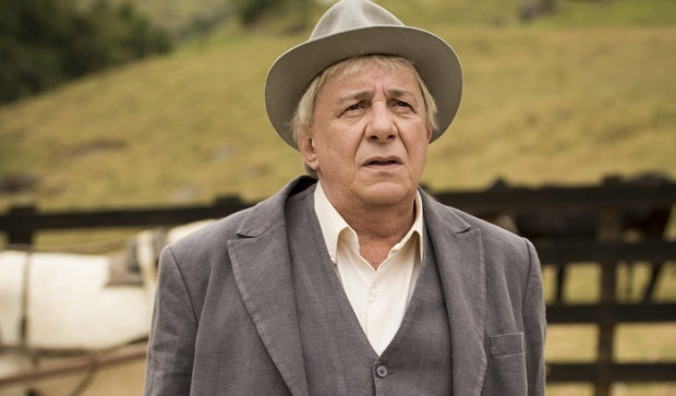 Marco Nanini vive os gêmeos Pancrâcio e Pandolfo na novela Êta mundo bom. Foto: TV Globo/Divulgação (Globo/Divulgação)