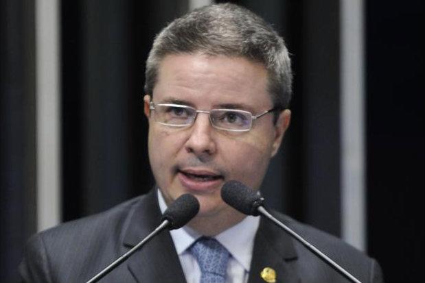 Os deputados também criticaram Anastasia por extinguir, em 2013, o Fundo de Previdência do Estado de Minas Gerais. Foto: Moreira Mariz/Agência Senado.