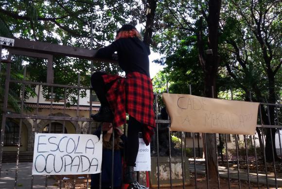 A Escola Estadual Fernão Dias Paes, em Pinheiros, na zona oeste paulistana, voltou a ser ocupada. Foto: Daniel Mello/Agência Brasil