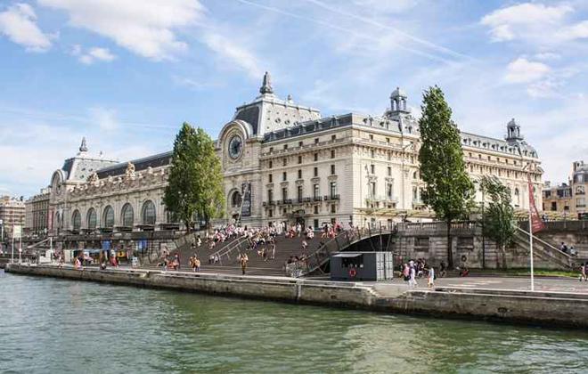 A estação de trem Gare d'Orsay, em Paris, foi aposentada de sua função original e, hoje, abriga um museu. Foto: Bateux Moches/Flickr
